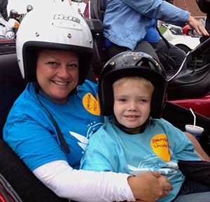 Star Zachary (right) and his mom, Heidi, help lead the Pitts
